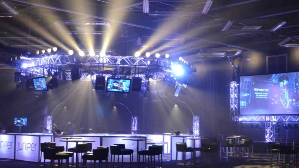 SBI Audiovisuel TELUS Superbowl - Palais des Congrès